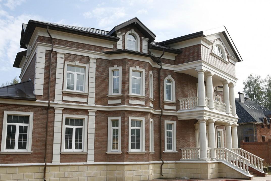Фасадный декор для частного дома